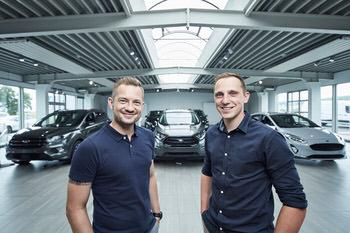 Ford Verkaufsberater Armin Bauer und Daniel Pausch